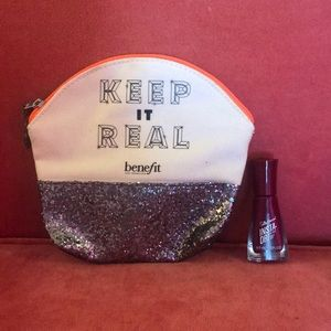 NWOT Benefit travel make up kit w/ glitter accent